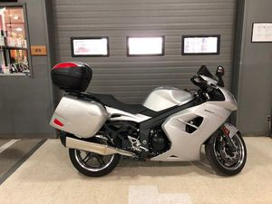 TRIUMPH SPRINT GT 2012 USED MOTORCYCLE FOR SALE IN LONDON