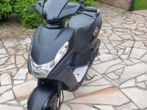 SCOOTER PEUGEOT 2T