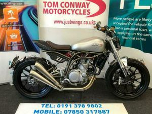 CCM SPITFIRE FLAT TRACK, 2019(19), 1 OWNER, ONLY 11 MILES FROM NEW, £9395 | IN DURHAM, COU