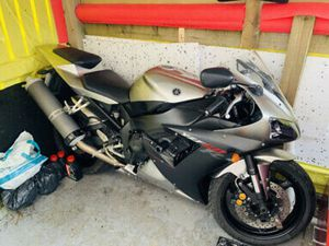 YAMAHA R1 ONLY 7K MILES !!! 2002 2003 5PW