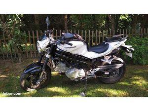 MOTO HYOSUNG 650 GT EFI (PERMIS A2)