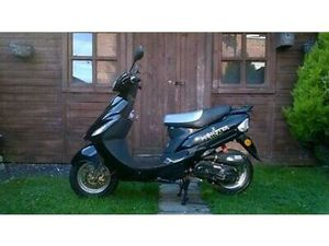 50 DB 50CC SCOOTER MOPED NEW MOT LOW MILEAGE