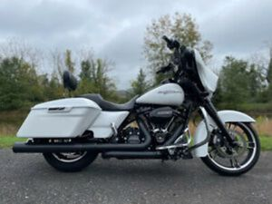 """2017 HARLEY-DAVIDSON TOURING STREET GLIDE SPECIAL® FLHXS 107"""" TONS OF EXTRAS!"""