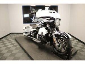 DREAM MACHINES OF AUSTIN 2016 HARLEY-DAVIDSON FLHXSE - CVO STREET GLIDE 18226