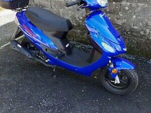 50CC SPORTS SCOOTER MOPED LEARNER LEGAL 50 49CC MOTORCYCLE WORTH £1499.00