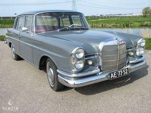 BENZIN - MERCEDES-BENZ 230 S TYPE W111 - 1966
