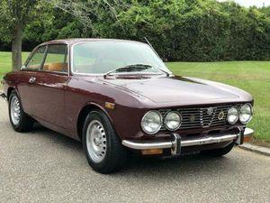 ALFA ROMEO GTV COUPÉ 4 CYLINDER 1974