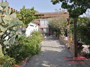 Maison à vendre Elne 10 pièces 236 m2 Pyrenees orientales (66200)