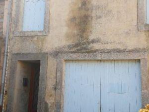 Vente maison de village Courniou  690m² 5 pièces 46 000€ avec garage