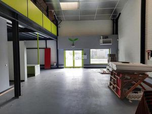 LOCAL COMMERCIAL 350 m² A LONGUEUIL-ANNEL PROCHE COMPIEGNE