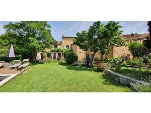 Villa de luxe de 7 chambres en vente Roussillon  France