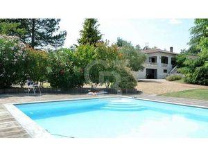 Vente maison 7 pièces 238m2 Meschers-sur-Gironde 17132 - 565000 € - Surface Privée