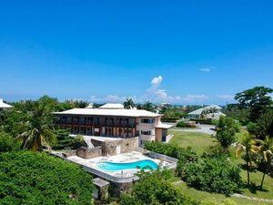 Single-Family in New Providence/Paradise Island  Bahamas