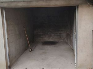 Garage Box 12m² centre Villemur