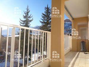 Vente appartement 3 pièces (balcon  vue dégagée  plein sud  traversant) Briançon