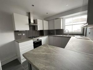 Detached house to rent in Temple Fortune Mansion  Finchley Road  London NW11