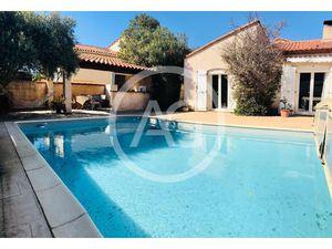 SAINT ESTEVE - Villa T6 de 198m2 avec jardin et piscine + un studio indépendant