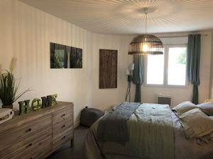 Vente maison (cuisine ouverte  cellier  dressing  box  suite parentale  climatisation) Ver