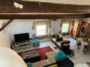Location appartement 2 pièces (cuisine aménagée  mezzanine) Eyguières
