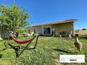 Maison à vendre Bourg 5 pièces 105 m2 Gironde (33710)