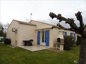 Vente maison (garage  plain-pied  lumineux  meublé) Meschers sur Gironde