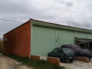 Annonce divers vente 70 m² à Hyères Situé à un garage à bateau de