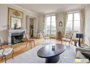Versailles Glatigny Appartement 6 pièces 190 m² au sol avec terrasse jardin privatif et pa