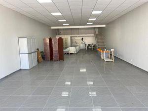 commerce 2 pièces 146 m² Vitrolles (13127)