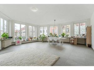 Appartement 2 chambres à vendre 122m² à 349000 € à BRUGES 8000  150kWh/m²  1 salle de bain