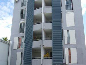Apt F3 duplex à Sainte-Clotilde les bas