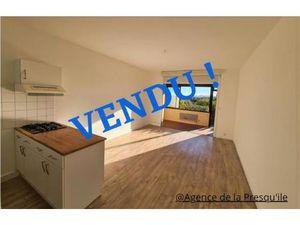Acheter Appartement 2 pièce(s) 50 m² HYERES 83400 - fnaim.fr