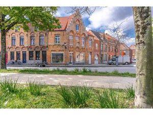 Duplex 2 chambres à vendre 115m² à 427500 € à BRUGES 8000  121kWh/m²  2 salles de bain  1
