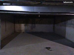 Grand garage double 28 m2 aiguelongue Paul Valéry