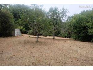 A vendre Terrain constructible commune de Sainte-Feyre (hameau