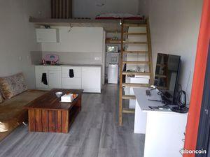 Studio avec mezzanine à Mérignac