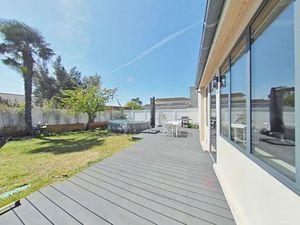 Vente maison (jardin  terrasse  plain-pied  bureau  dressing  sans vis-à-vis) Mérignac
