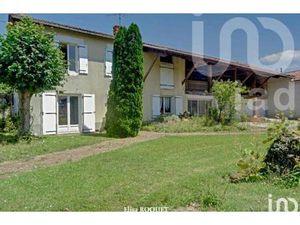 Maison de village 6 pièces de 201 m² à JUILLÉ  Nouvelle-Aquitaine