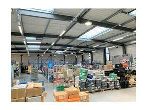 Vente Entrepôt 1 688 m² - Riche (37520)