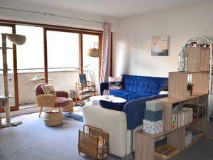 Paris 20ème 2/3 pièces avec balcon Métro Télégraphe