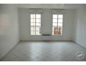 Location appartement 2 pièces 55 m² Rambouillet - 645 €