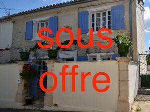 A vendre Maison de caractère 78 m² à FONTVIEILLE   CAPIFRANCE