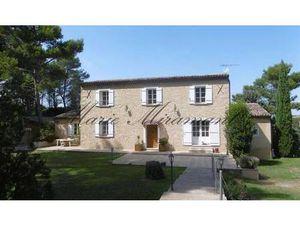 Maison de Prestige en Vente à Avignon : Exclusivité - A quinze minutes d'Avignon  dans un