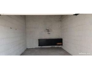 Garage à louer - 21 60 m2