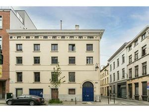 L'ancienne imprimerie Godenne est divisée en quatre lofts très charmants à proximité de la