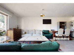 Vente appartement 3 pièces (au calme  double vitrage  ascenseur  balcon  rénové  bon état)