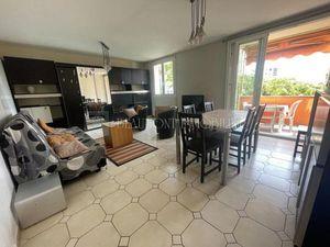 Vente appartement 5 pièces (cave  balcon  bon état  traversant  double séjour) Nice