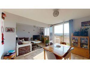 Vente appartement 4 pièces (garage  cave  cuisine aménagée  lumineux  ascenseur  balcon) B