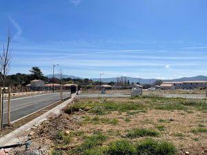 Terrain à bâtir à Carnoules (83660)