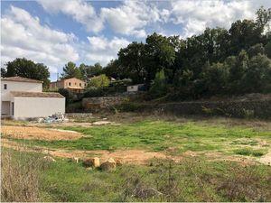 Terrain à bâtir à Carcès (83570)