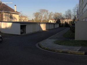 Location garage Niort